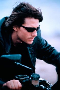 391260a917 Tom Cruise mission impossible 2 Tom Curise