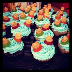 Cupcakes for Tenderheart Early Learning Center's Luau! Bears floating in the pool!