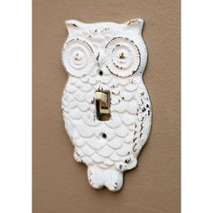 ModCloth Owls Owl Lights Out Switch Plate Cover (240 MXN) ❤ liked on Polyvore featuring home, home decor, decorative hardware, halloween home decor, white owl home decor, owl home decor, metal switch plates and metal home decor