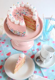 Girl Birthday, Birthday Parties, Pretty Birthday Cakes, Yummy Cakes, Vanilla Cake, Sweet Recipes, Food And Drink, Sweets, Ethnic Recipes