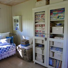 love the mix of afghans and quilts Sewing Spaces, Sewing Rooms, Space Crafts, Craft Space, Craft Rooms, Quilt Display, Quilt Storage, Quilting Room, Sewing Studio