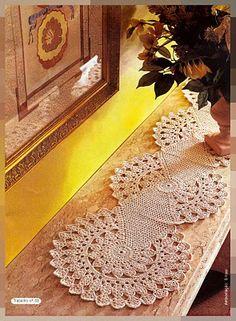 Tischläufer Filethäkeln - filet crochet tablerunner