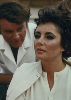 Elizabeth Taylor and Richard Burton!