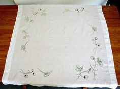 Vintage Embroidered Table Topper / Small by estatesalegems on Etsy