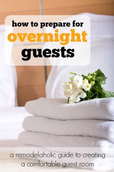 How to make a comfortable guest room. Every host should read this! #spon