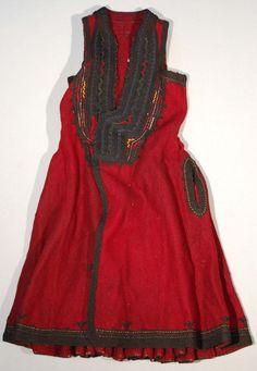 Vlach woman's waistcoat / coat, Macedonia Ethinic Wear, Costumes Around The World, Sleeveless Coat, Greek Clothing, Folk Costume, Green Silk, Ethnic Fashion, Black Wool, Traditional Outfits