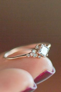 Nice 57 Unique Engagement Rings So Beautiful They'll Make You Cry https://bitecloth.com/2017/07/12/57-unique-engagement-rings-beautiful-theyll-make-cry/