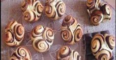 Συνταγές αλμυρές για μπουφέ, παρτυ ,γενεθλια Chocolate Roses, Croatian Recipes, Mini Cupcakes, Doughnut, Muffins, Food Photography, Place Card Holders, Sweets, Party