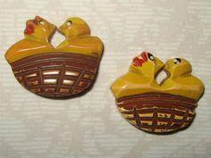 Vintage Carved Bakelite Buttons - 2 Birds in A Nest