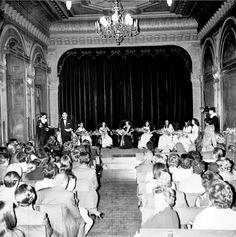 Instituto Da Guarda Salón de actos del Instituto Femenino, La I Fiesta del Aquelarre Poético,1971