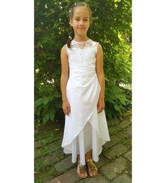 A(z) 10 legjobb kép a(z) Kislány koszorúslány ruha táblán  2cb3919838