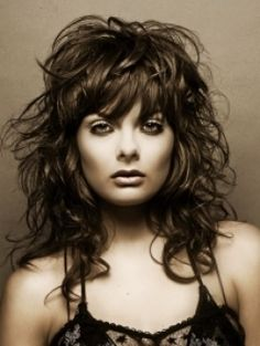 Wavy Hairstyles with Bangs   Makeup Tips and Fashion