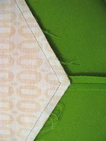 she can quilt: Elizabeth's Easy Y-seams - a 2013 FAL Tutorial