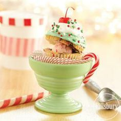 Funfetti Holiday Sundae Cupcakes from Pillsbury® Baking