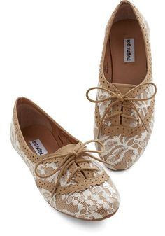 Joined at the Skip Flat in Caramel - Flat, Faux Leather, Woven, Tan, Tan / Cream, Lace, Daytime Party, Menswear Inspired, Vintage Inspired, 20s, Good, Lace Up, Casual, Variation