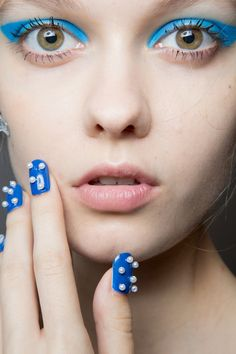 Beauty backstage at Honor Spring Summer 2015 | NYFW