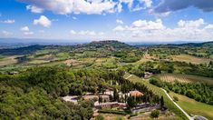 This is Villa Poggiano in Montepulciano (S). Aerial photo by Max Morriconi.