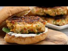 برجر الروبيان (الجمبرى) الشهى والصحى، حصريا من مطبخ أكلات علا - YouTube Shrimp Burger, Salmon Burgers, Frozen Shrimp, Hamburger Buns, Sweet Chilli, Burger Recipes, Calorie Diet, Seafood, Nutrition