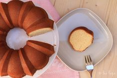 WHIPPED CREAM & VANILLA BUNDT CAKE