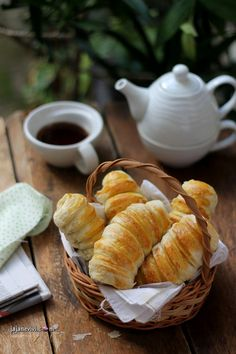 Mini Desserts, Dessert Recipes, Snack Recipes, Snacks, Cute Food, Yummy Food, Food Photography Tips, Chocolate Coffee, Macaron