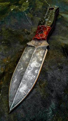 Half Life Knives raindrop Damascus dagger....