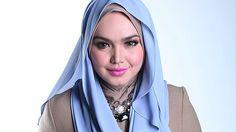 Siti Kurangkan Aktiviti Seni Mahu Hamil Lagi   Hari ini tanggal 11 Januari sepatutnya menjadi detik sangat bermakna buat penyanyi nombor satu negara Datuk Siti Nurhaliza Taruddin kerana selain menyambut ulang tahun ke-37 beliau juga merancang untuk mengesahkan dan bercerita akan berita kehamilan pertamanya kepada umum.  Bagaimanapun hajat isteri kepada Datuk Seri Khalid Jiwa ini tidak kesampaian apabila dia mengalami keguguran pada usia kandungannya memasuki fasa dua bulan.  Siapa yang tidak…