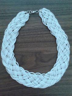 collar chaquiras