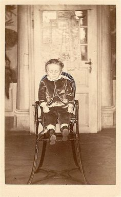 Beginning in the mid-1800s, post-mortem photography (or memento mori) was a popular way to honor and remember the dead. Description from…