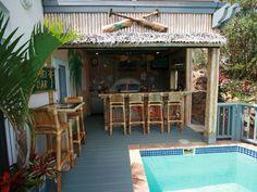 Northside villa rental - Full Tiki Bar and Outdoor Kitchen