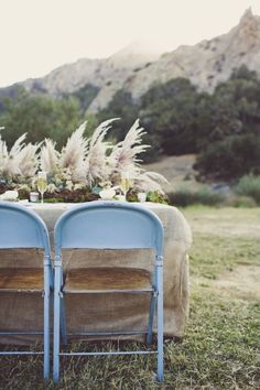 Pampas grass is the unexpected plant making its way into all kinds of weddings this year (beach, backyard, woods and more). Here, 27 photos full of pampas grass wedding decor inspo. Wedding Advice, Wedding Blog, Wedding Ideas, 2017 Wedding, Blue Wedding, Wedding Planning, Burgundy Wedding, Wedding Trends, Dream Wedding