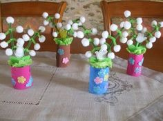 brin-de-muguet-boule-cotons-maternelle-3 1. Mai, Summer Crafts For Kids, Woodland Party, Mothers Day Cards, New Years Eve Party, Deco, Special Day, Diy And Crafts, Blog