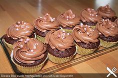 Schokoladen - Frosting mit saurer Sahne, ein beliebtes Rezept aus der Kategorie Kuchen. Bewertungen: 67. Durchschnitt: Ø 4,4.
