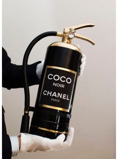 They say that a bottle of chanel can make you really happy. What about a perfume-extinguisher ? Coco Chanel, Chanel Paris, Chanel Black, Chanel Beauty, Chanel Men, Chanel Makeup, Boujee Aesthetic, Aesthetic Pictures, Aesthetic Black