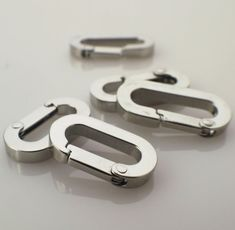 The Epic Animal Scissor Snap 1 Square Eye Nickel Plated Sold in a Pack of 6