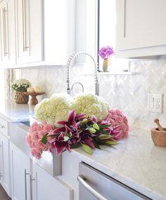 Gorgeous White Modern Farmhouse Kitchen Tour