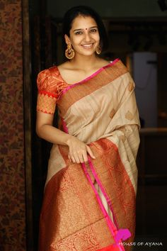 Buy banarasi silk sarees online banarasi silk saree shop in chennai - house of a Pattu Saree Blouse Designs, Stylish Blouse Design, Fancy Blouse Designs, Bridal Blouse Designs, Latest Saree Blouse Designs, New Saree Designs, Saree Blouse Patterns, Chennai, Cutaway