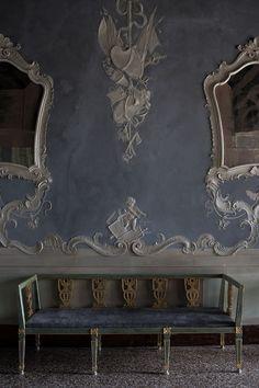Venice interior. Pho