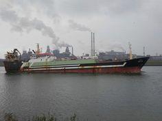 KG 14 NAEREBERG EX KW 172 DIRKDIEDERIK ONDERWEG NAAR HET DOK IN AMSTERDAM.