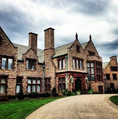 Rhode Island Mansion via The Foo Dog Ate My Homework. I would love to see them at Christmastime.
