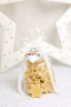 A nice gift idea -> homemade pasta in star shape! Ingredients for … - Crafts For Christmas Christmas Time, Christmas Crafts, Christmas Cookies, Xmas, Homemade Pasta, Homemade Gifts, Craft Gifts, Diy Gifts, Diy And Crafts