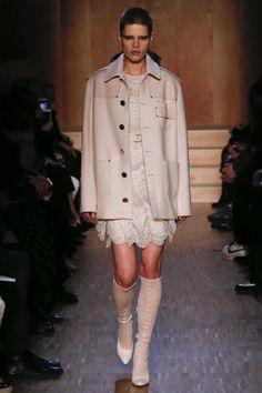 Givenchy Fall 2016 Ready-to-Wear, http://mmoda.net/givenchy-fall-2016-ready-to-wear/,  #2016 #AlaSekula #AliceMetza #AllyErtel #AmilnaEstevao #BaraPodzimkova #BellaHadid #CamilleHurel #CandiceSwanepoel #CarolineReagan #CelineBouly #ChanelDeLeonGomez #CharleeFraser #DashaKhlystun #DianaGalimullina #EmmaHarris #fall #FrederikkeSofie #Givenchy #GretaVarlese #HarlethKuusik #IrinaKravchenko #IrinaShayk #IssaLish #JayJankowska #JuliaNobis...