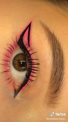 Edgy Makeup, Eye Makeup Art, Smokey Eye Makeup, Skin Makeup, Eyeshadow Makeup, Eye Brows, Pink Eyeliner, Pink Eye Makeup, Eyebrow Makeup