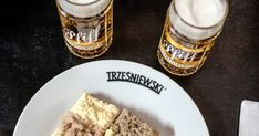 Ein kleiner Gourmetguide für Wien Das Problem des Landeis in der Stadt ist oft der Überfluss.  Genau so geht es mir manchmal mit dem Angebot in Wien zu viel da um das Gute zu finden. Heute gibt es daher nicht viel zu berichten.Ich habe mir gedacht dass ich für alle die meinen Blog lesen und manchmal in Wien sind eine kulinarische Karte kreiere. Darauf finden sich einige ausgewählte Lokale und eine kurze Kritik meinerseits.  Die Karte wird von mir bei den Lokalbesuchen erweitert regelmäßiges… Oatmeal, Bread, Breakfast, Blog, City, Word Reading, Breakfast Cafe, Rolled Oats, Breads