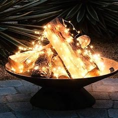 DIY Outdoor Lighting Ideas, Fire Pit Lights, There are a lot of ideas you can do to brighten your garden, so in this article we present you one collection of 35 AMAZING DIY Outdoor and Backyard Lighting Ideas Backyard Projects, Outdoor Projects, Backyard Ideas, Outdoor Ideas, Backyard Patio, Wedding Backyard, Pergola Ideas, Outdoor Table Decor, Diy Projects