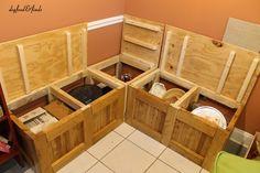 Best Ideas For Corner Storage Bench Diy Dining Nook Kitchen Corner Bench Seating, Kitchen Nook Table, Corner Bench With Storage, Kids Storage Bench, Kitchen Storage Bench, Storage Bench Seating, Kitchen Benches, Dining Nook, Diy Storage
