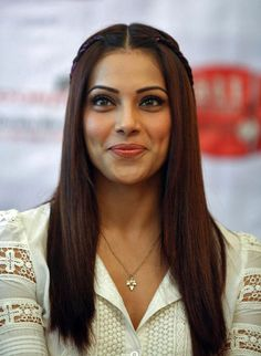 Bipasha Basu- Top Ten Leading & Most Popular Female Indian Fashion Models- Super Models of India Indian Celebrities, Bollywood Celebrities, Most Beautiful Women, Beautiful People, Women Lifestyle, Indian Models, Celebrity Hairstyles, Latest Hairstyles, Pretty Face