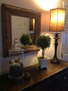 Love the eggs in the glass jar, with bird sitting nearby! 1920s Home Decor, Diy Home Decor, Seasonal Decor, Holiday Decor, Spring Home Decor, Decorated Jars, Apothecary Jars, Interior Decorating, Decorating Ideas