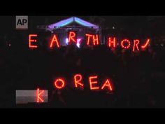 Raw: World Turns of Lights for Earth Hour