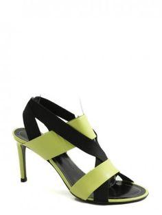 Balenciaga-sandalo giallo e nero-black a yellow sandal-Balenciaga spring summer 2015