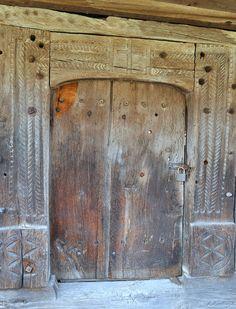 Crucifix, Romania, Portal, Cabin, Doors, Furniture, Home Decor, Art, Homemade Home Decor